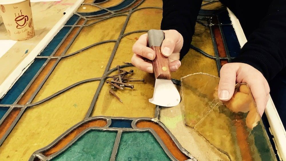 sostituzione vetro in vetrata danneggiata